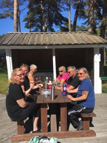 Fikadags: Ann-Katrin, Tony, Gunnel, Ulla, Lennart och Inge