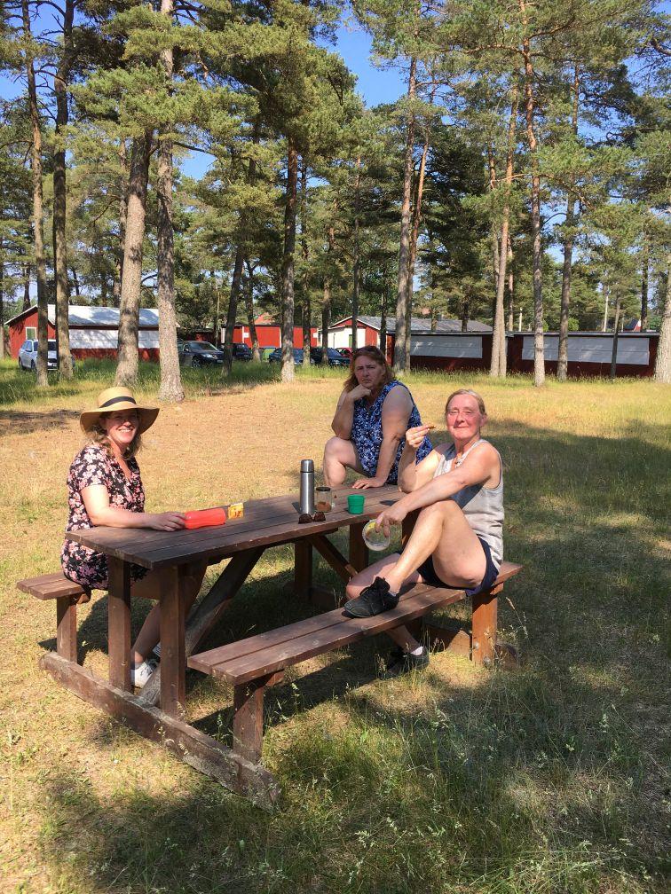 Fikadags: Mia, Lena och Ann-Katrin